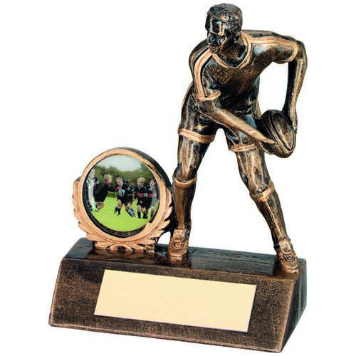 GOLD RESIN MINI MALE RUGBY TROPHY - 4.25in