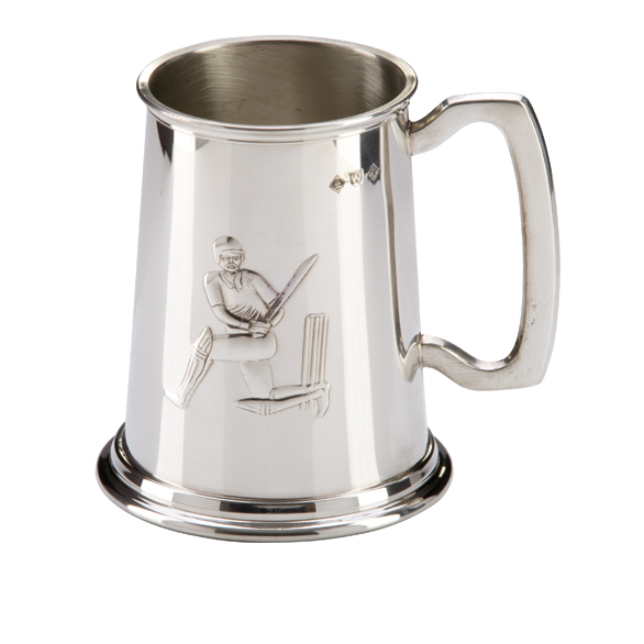 English Pewter Cricket Tankard 125mm 1pt